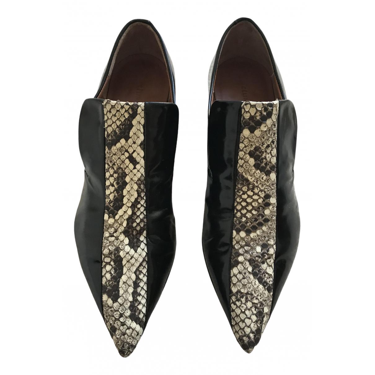 Celine \N Black Leather Flats for Women 38 EU