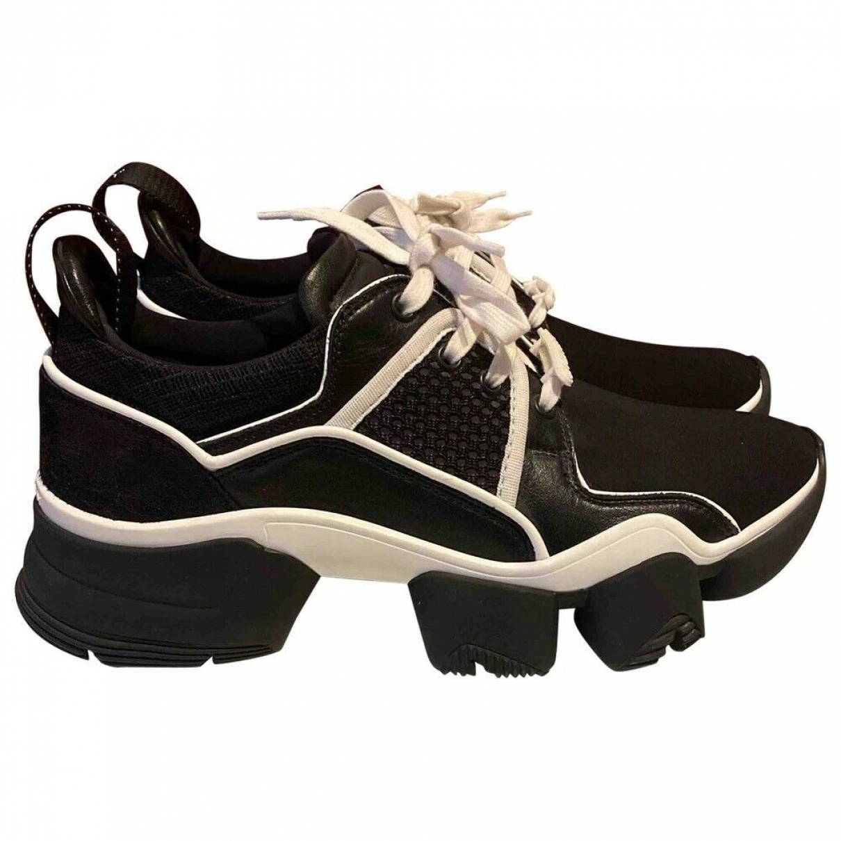 Givenchy Jaw Sneakers in  Schwarz Polyester