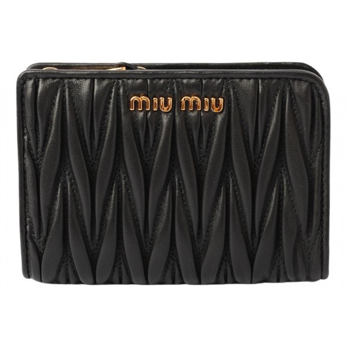 Miu Miu \N Portemonnaie in  Schwarz Leder
