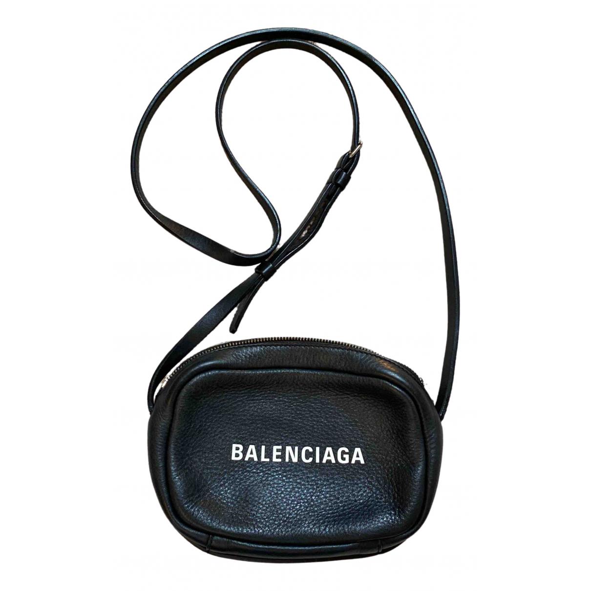 Balenciaga \N Black Leather handbag for Women \N