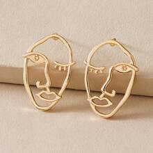 1pair Abstract Hollow Out Face Design Earrings