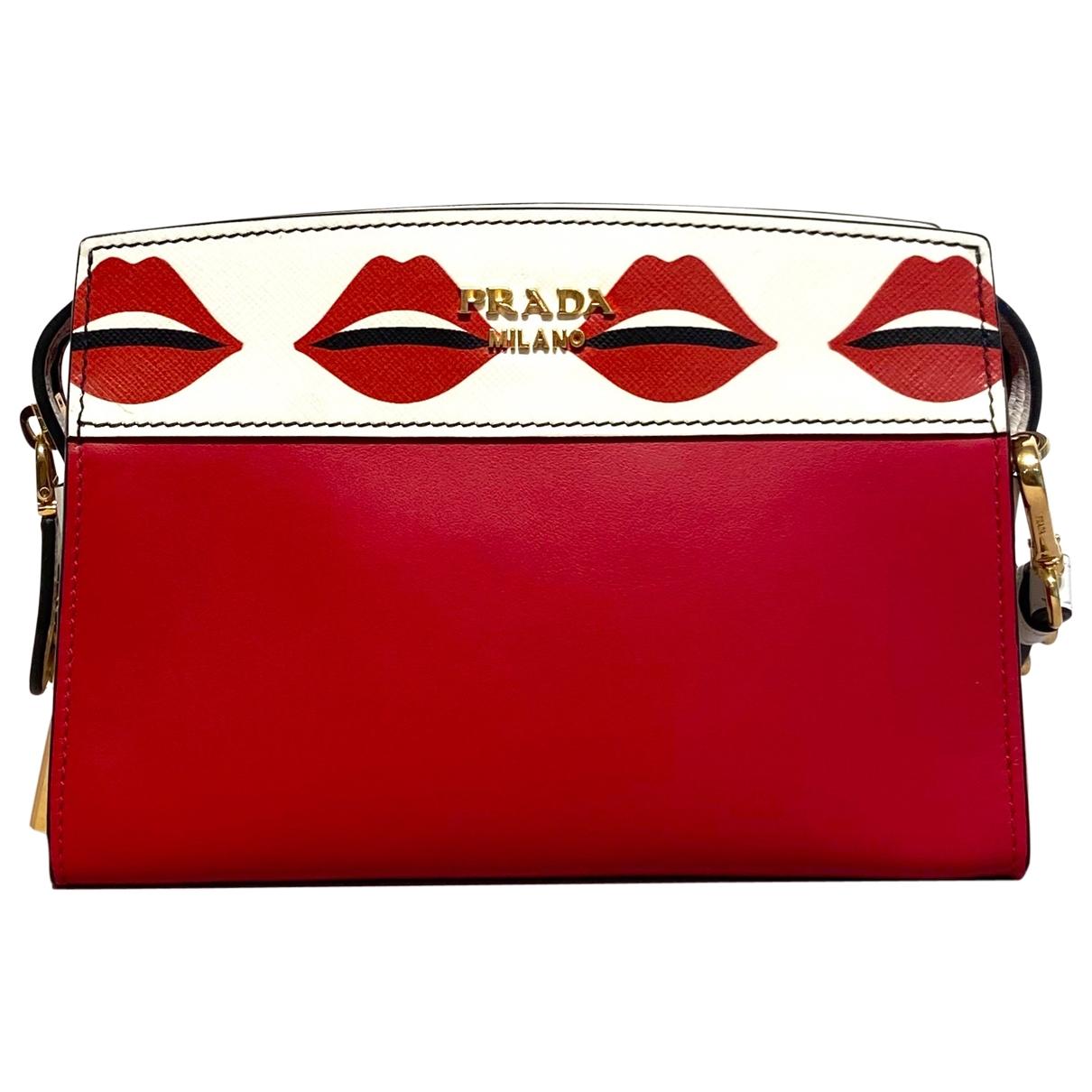 Prada Esplanade Handtasche in  Rot Leder