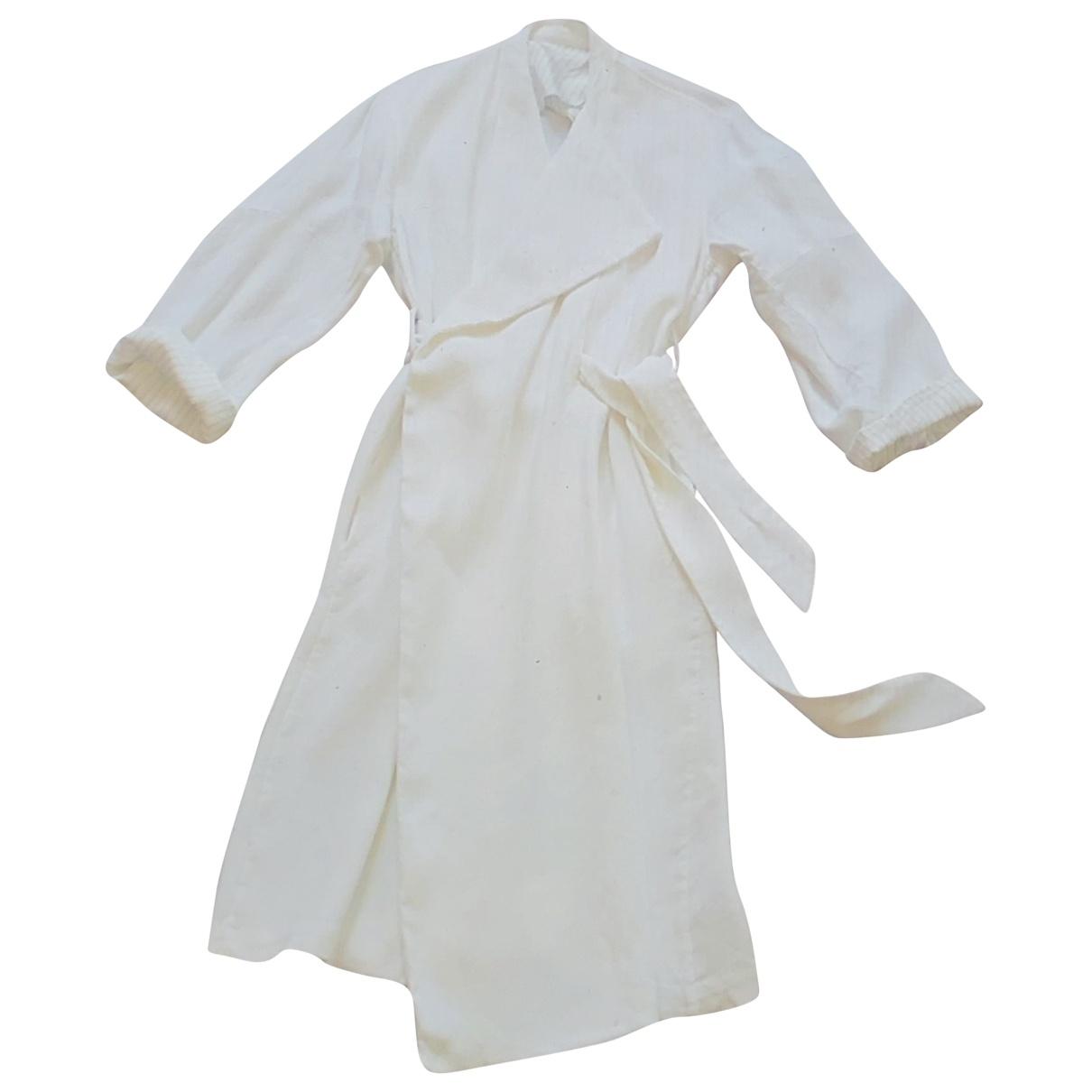 Acne Studios \N White Linen coat for Women S International