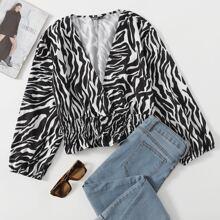 Bluse mit Zebra Streifen und Rueschen