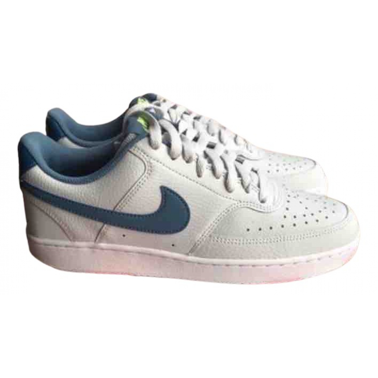 Nike \N Sneakers in  Grau Leder