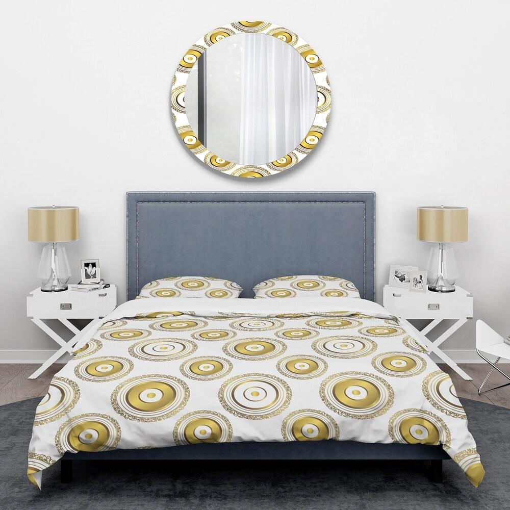 Designart 'Circular Golden Pattern I ' Mid-Century Duvet Cover Set (King Cover + 2 king Shams (comforter not included))