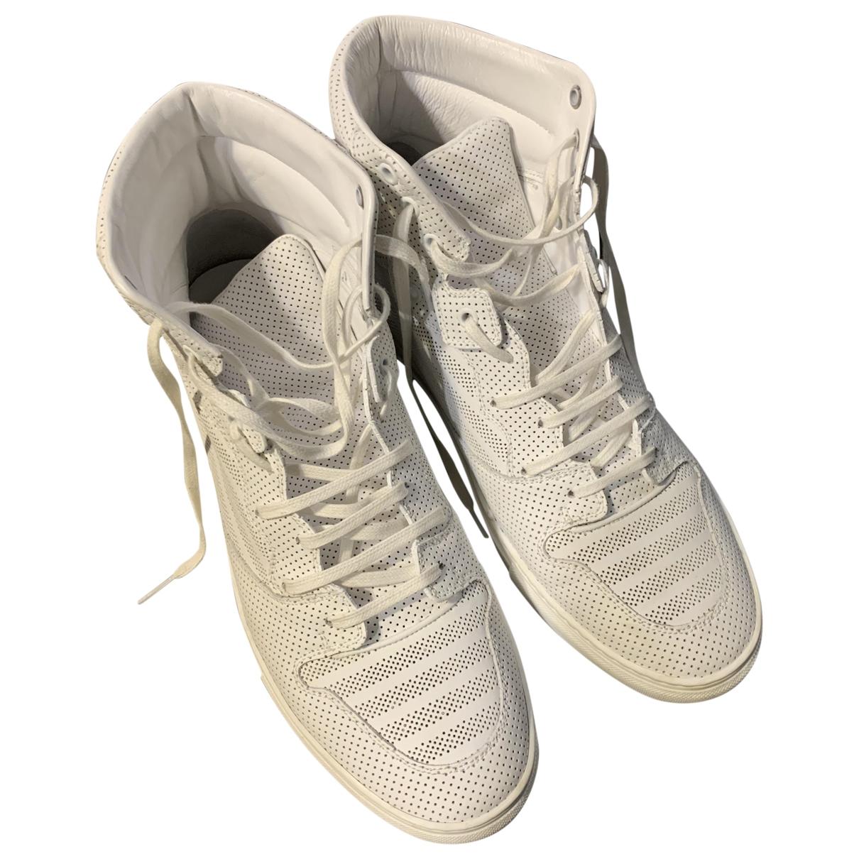 Balenciaga - Baskets   pour homme en cuir verni - blanc