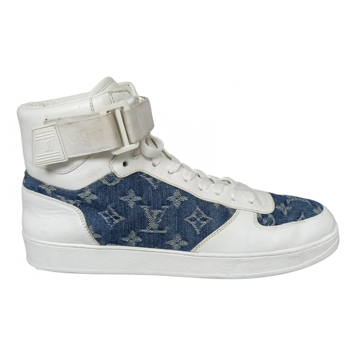 Louis Vuitton N White Leather Trainers for Men 42 EU