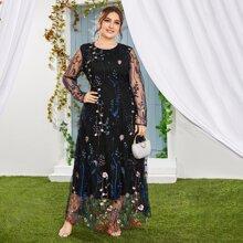 A-Linie Kleid mit Blumen Stickereien und Netzstoff