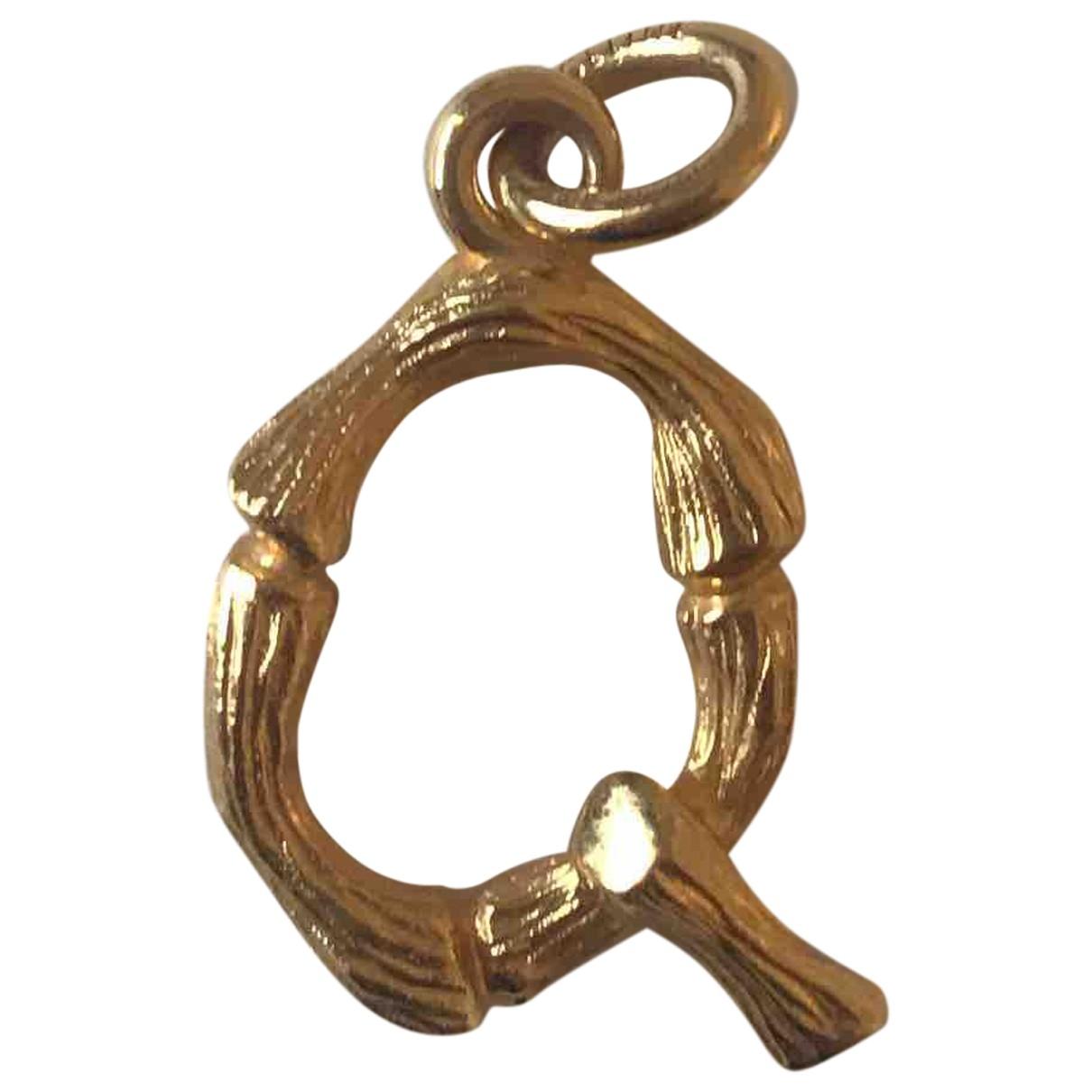 Celine Alphabet Anhaenger in  Gold Metall