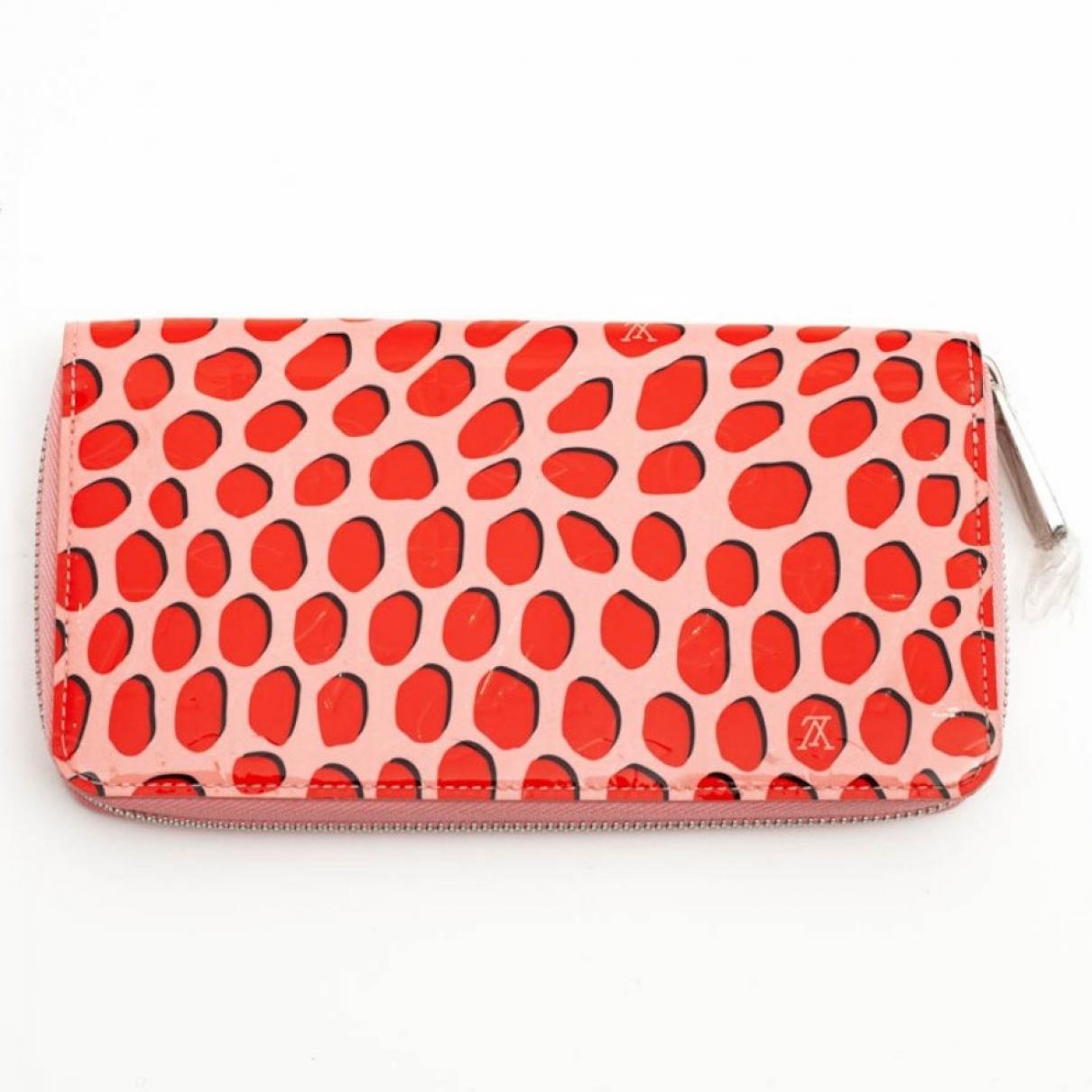 Louis Vuitton - Portefeuille Zippy pour femme en cuir verni - rose