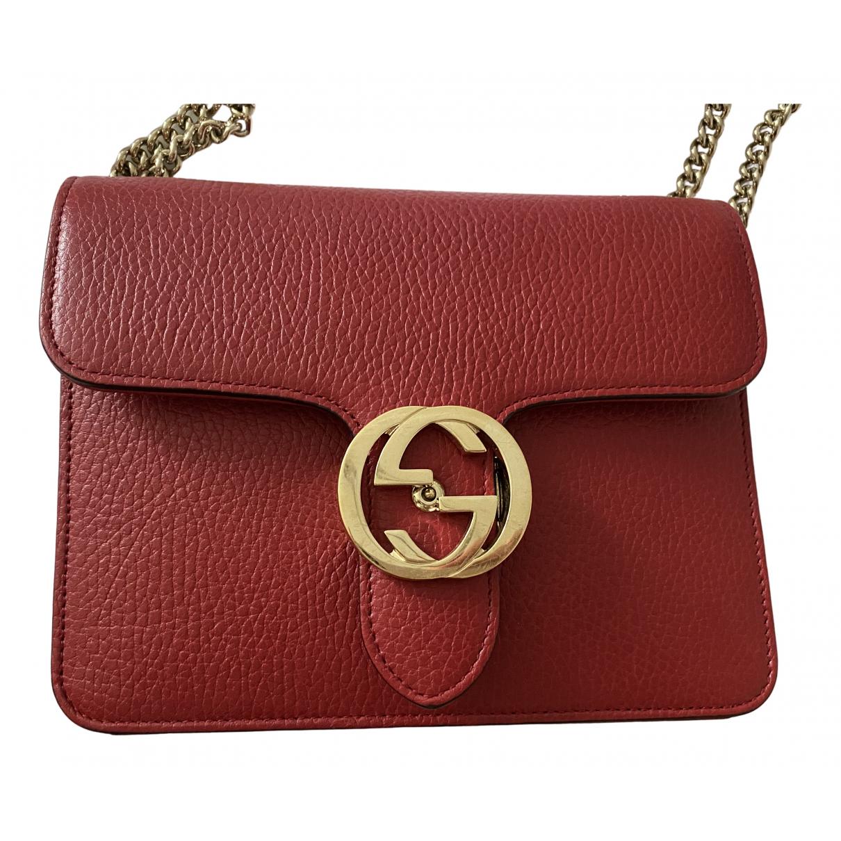 Gucci Interlocking Handtasche in  Rot Leder