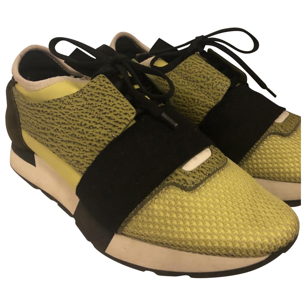 Balenciaga Race Sneakers in  Gelb Leder