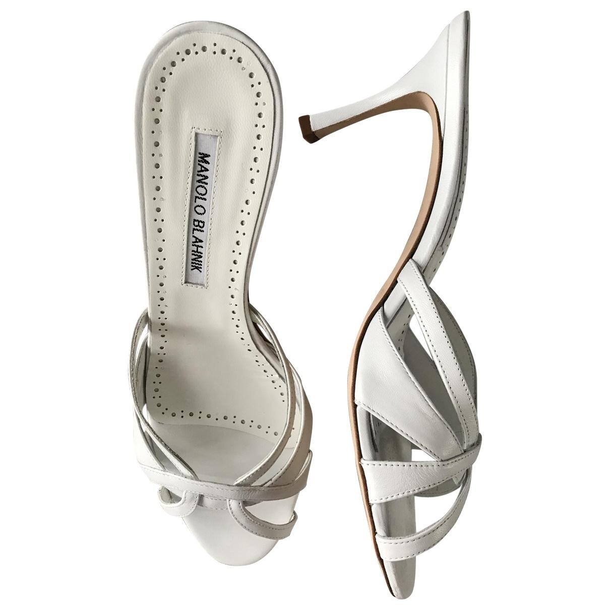 Manolo Blahnik - Sandales   pour femme en cuir - blanc