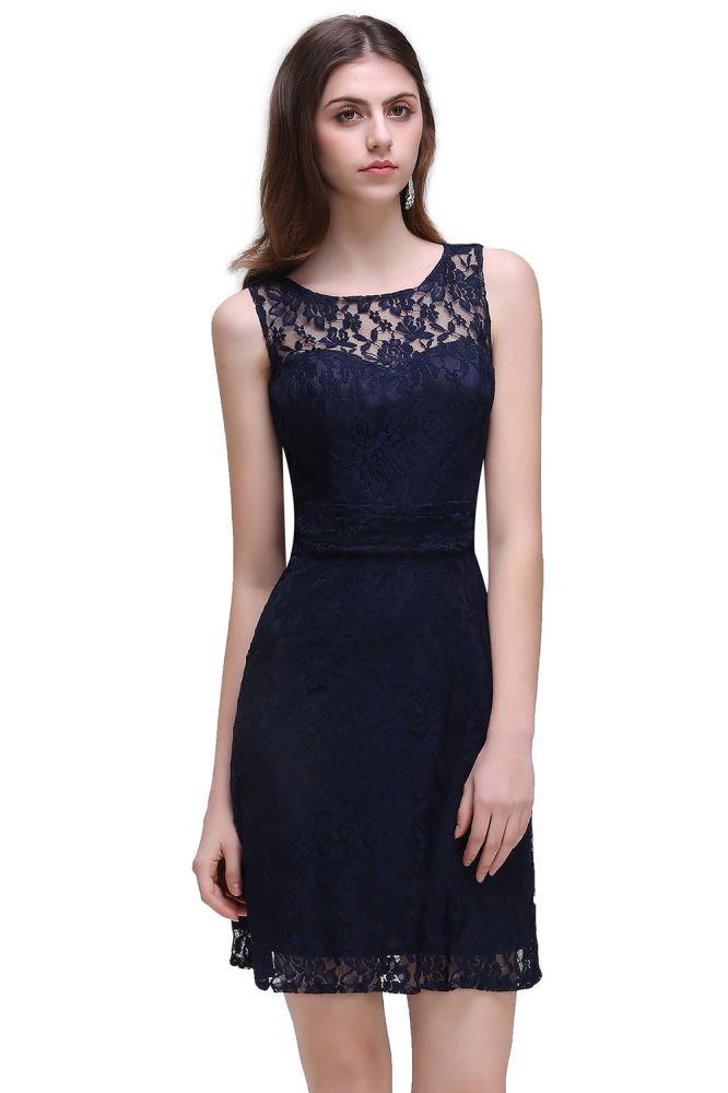 Superbe robe de bal courte en dentelle bleue marine