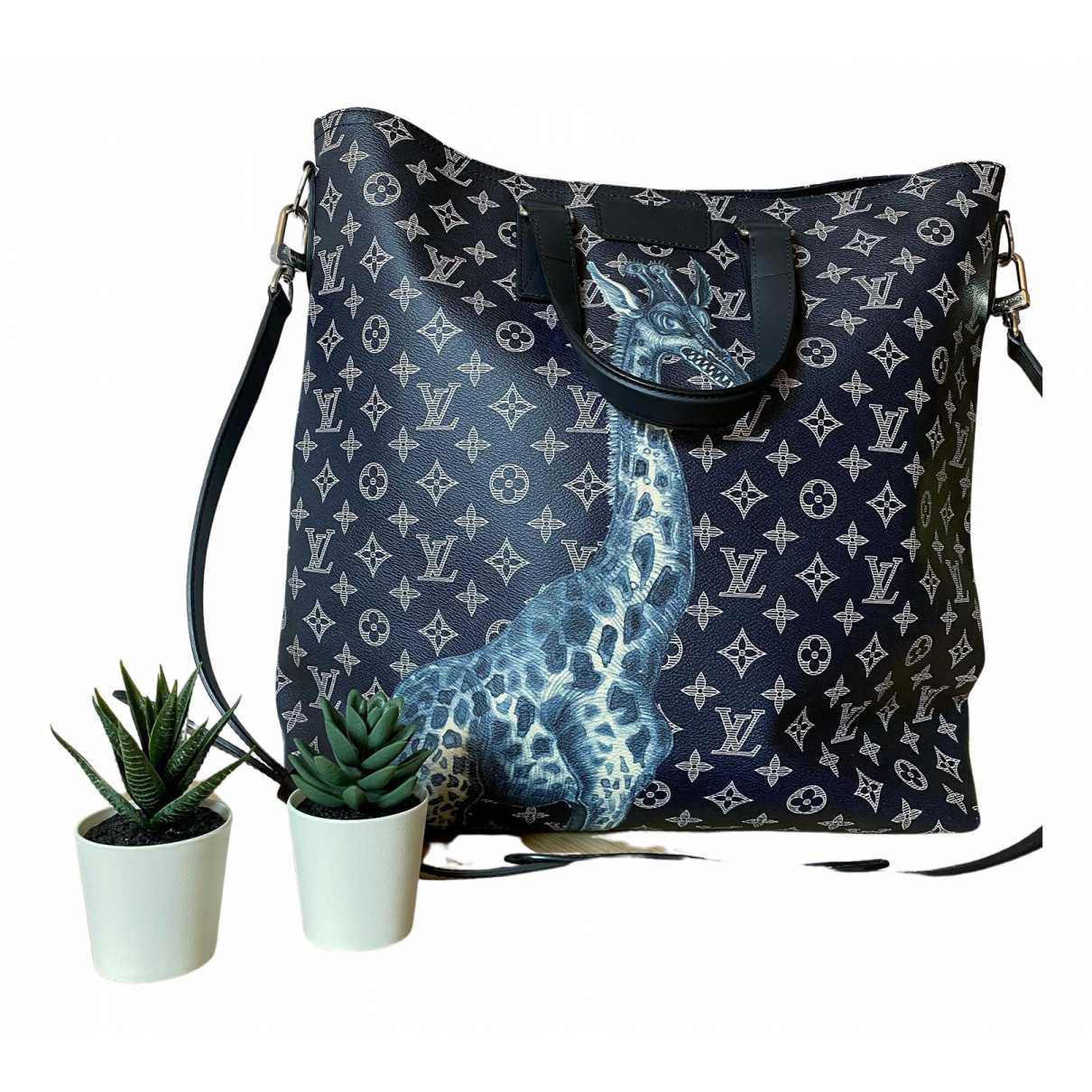 Louis Vuitton N Blue Cloth handbag for Women N