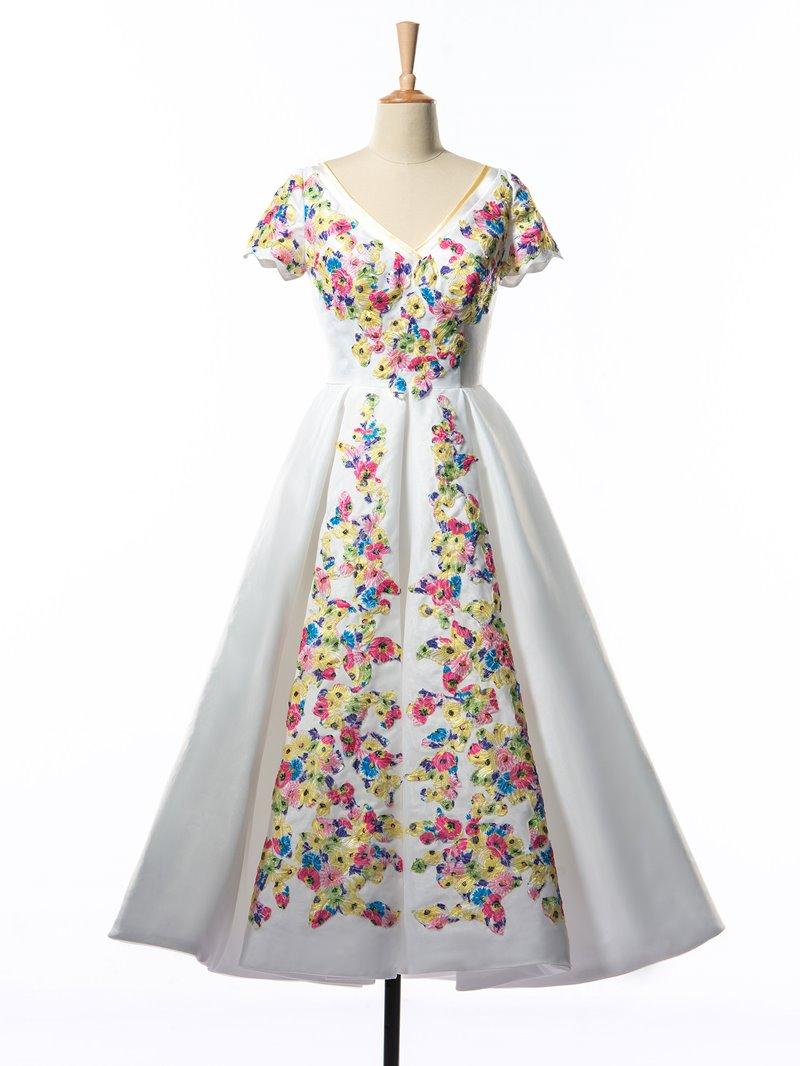 Ericdress V-Neck Appliques Tea-Length Prom Dress