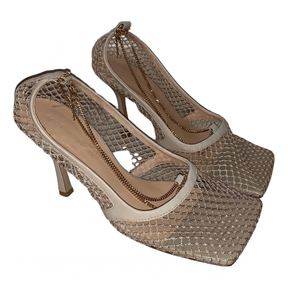 Bottega Veneta Stretch Beige Leather Heels for Women 39 EU