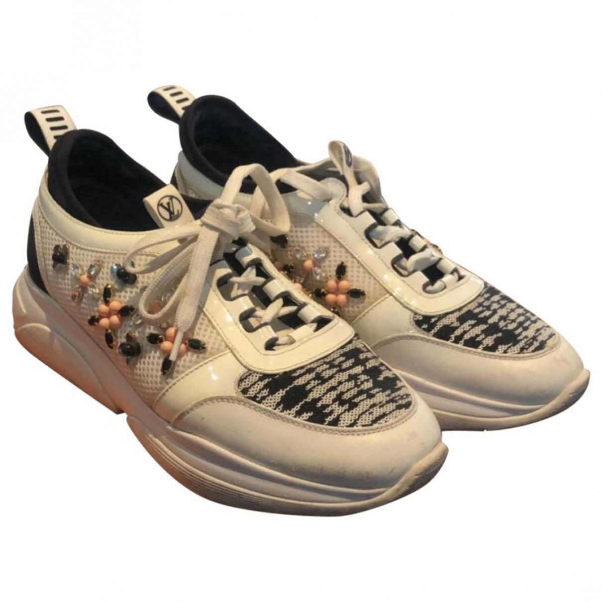 Louis Vuitton \N White Cloth Trainers for Women 37.5 EU