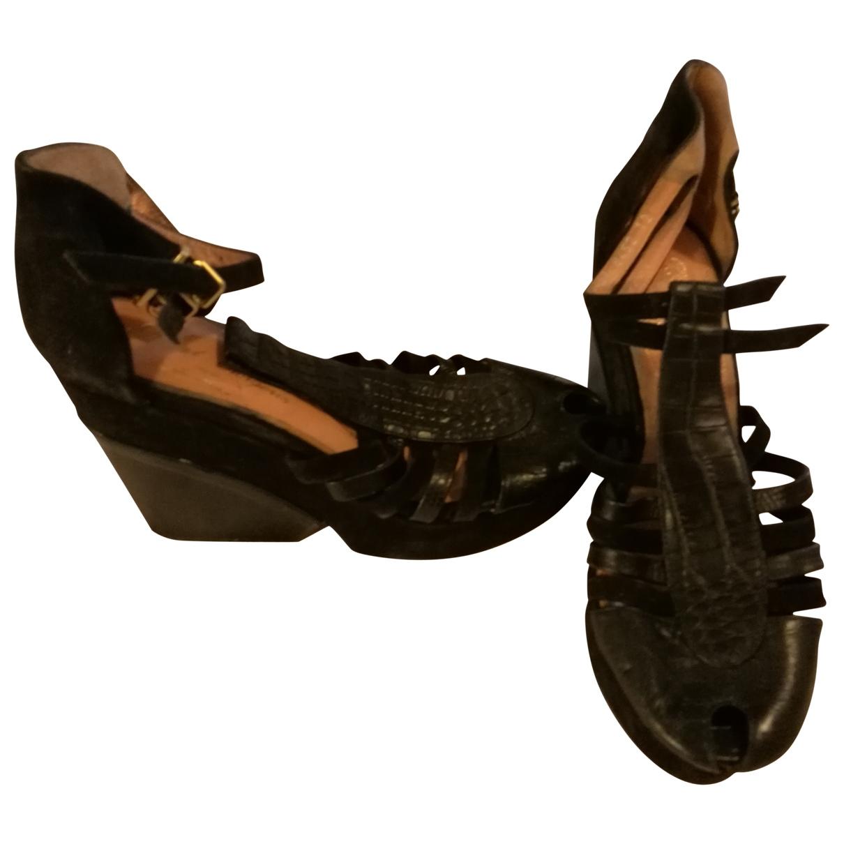 Robert Clergerie - Escarpins   pour femme en cuir - noir