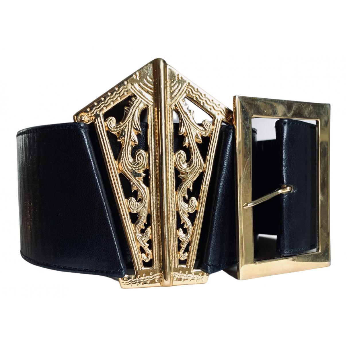 Chanel \N Guertel in  Schwarz Leder