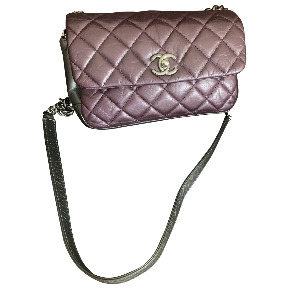 Chanel Timeless/Classique Purple Leather handbag for Women \N