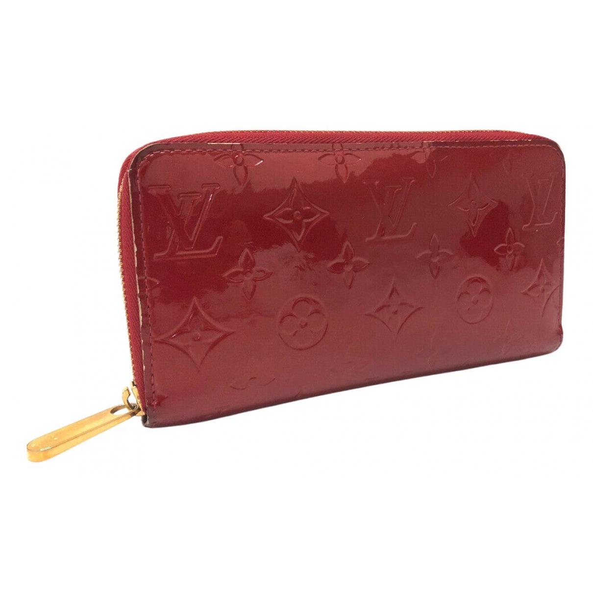 Louis Vuitton Zippy Portemonnaie in  Rot Lackleder