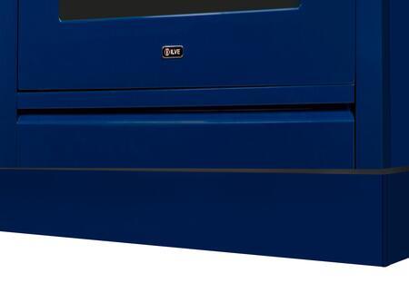 APZ60/140/BL Blue Toe Kick for 24