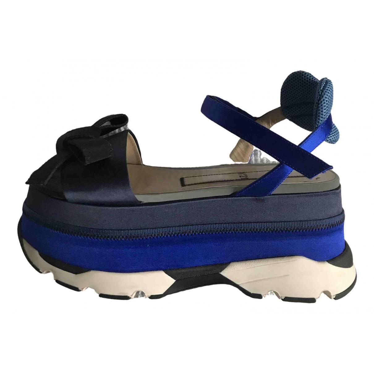 N°21 - Sandales   pour femme en toile - bleu