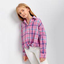 Bluse mit sehr tief angesetzter Schulterpartie und Karo Muster