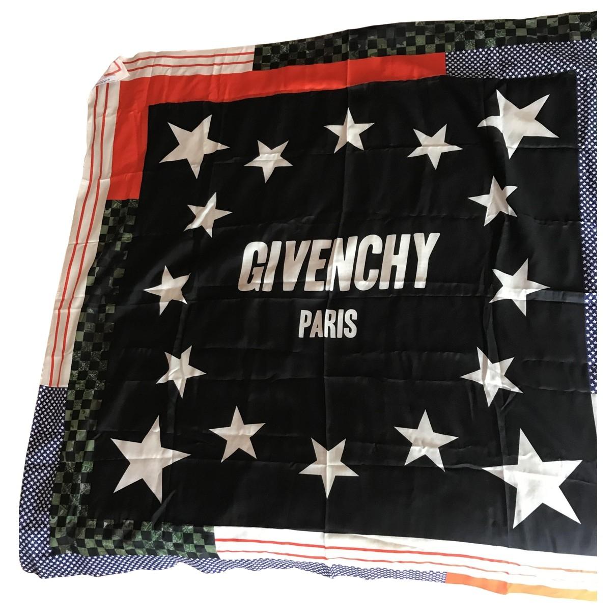 Estola Givenchy