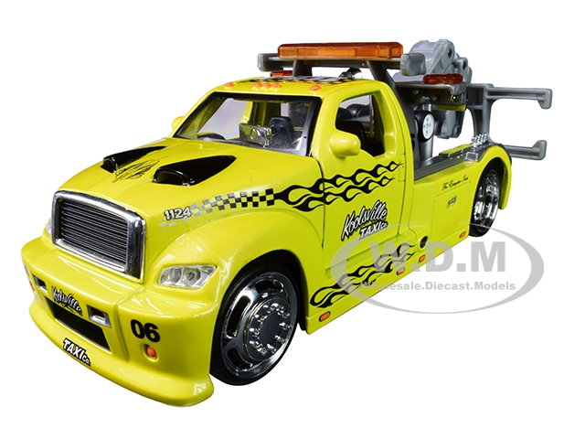 Maisto Wrecker Tow Truck Yellow