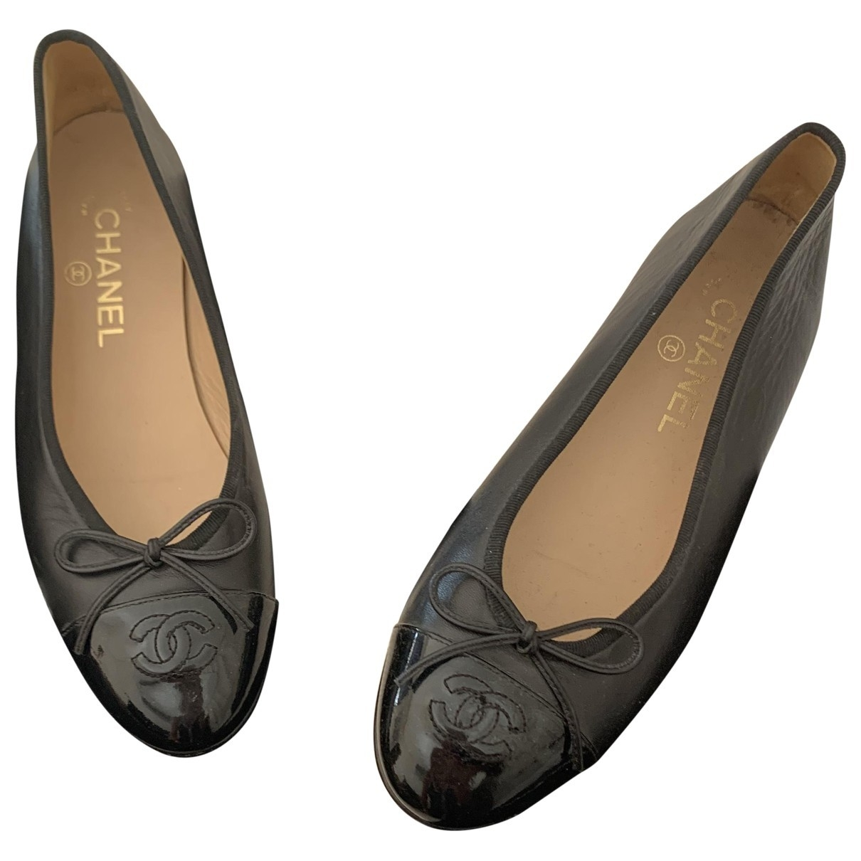 Chanel \N Black Leather Ballet flats for Women 38.5 EU