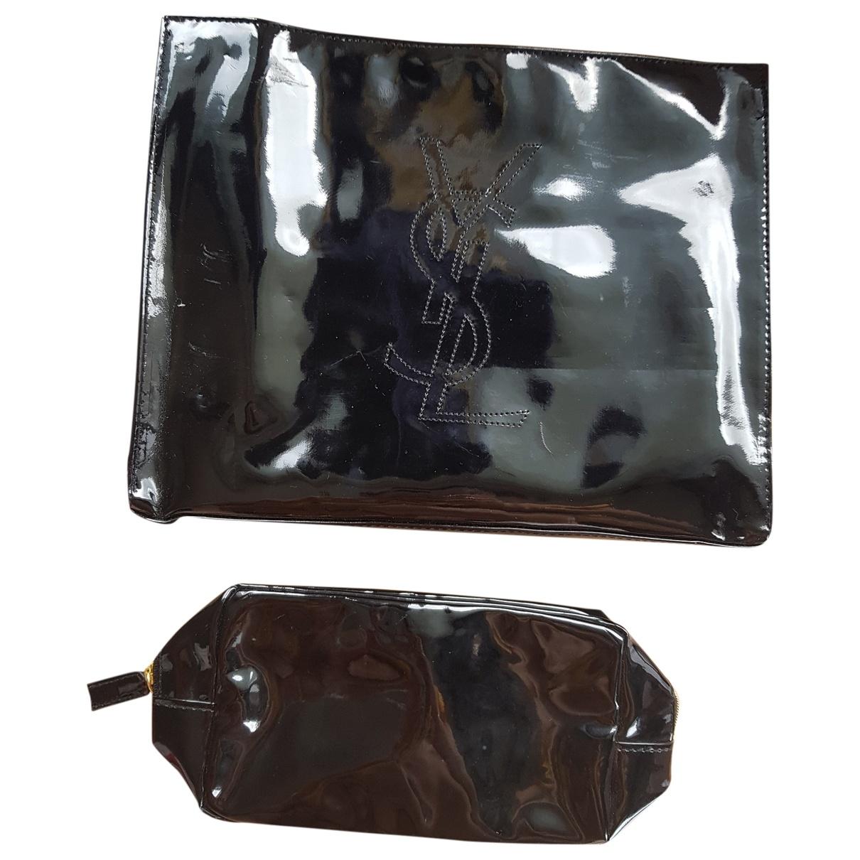 Yves Saint Laurent \N Black Patent leather Travel bag for Women \N