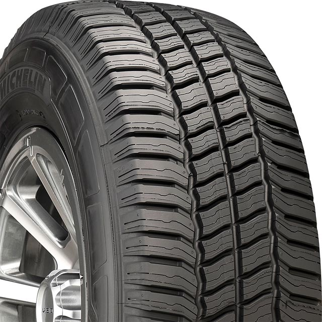 Michelin 15627 Agilis CrossClimate Tire LT275/65 R20 126R E1 BSW