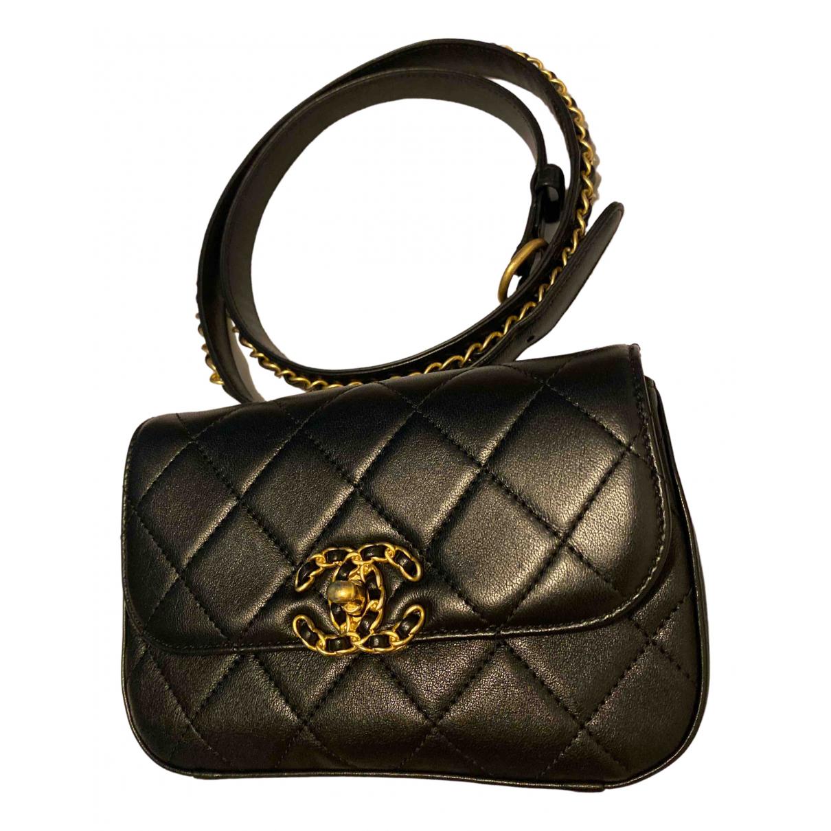 Chanel - Sac a main Chanel 19 pour femme en cuir - noir