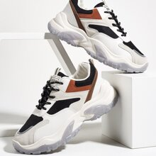 Sneakers mit Buchstaben Grafik und Farbblock