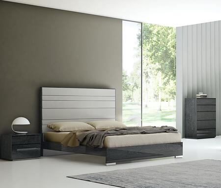 Malibu Collection BK1367PGRY3SET 3 PC Bedroom Set with King Size Bed  Chest and Nightstand in Grey
