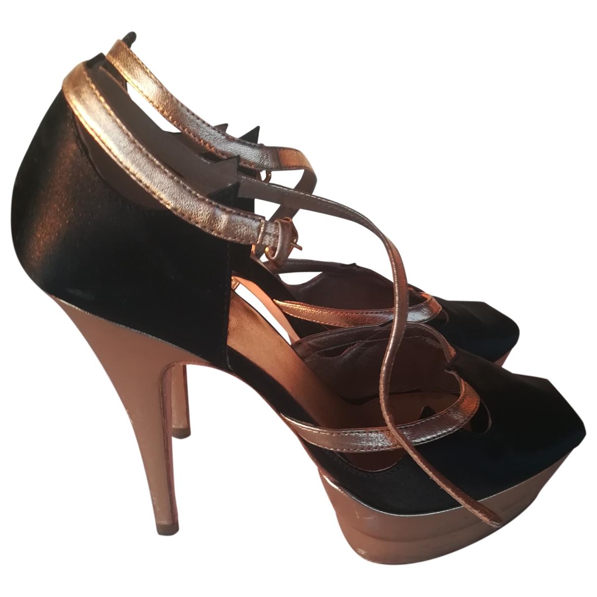 Miu Miu \N Black Cloth Heels for Women 36 EU