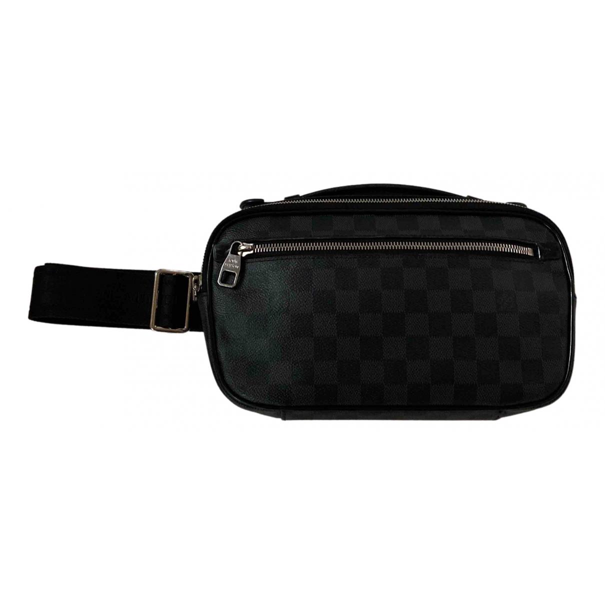 Louis Vuitton \N Taschen in  Grau Leinen