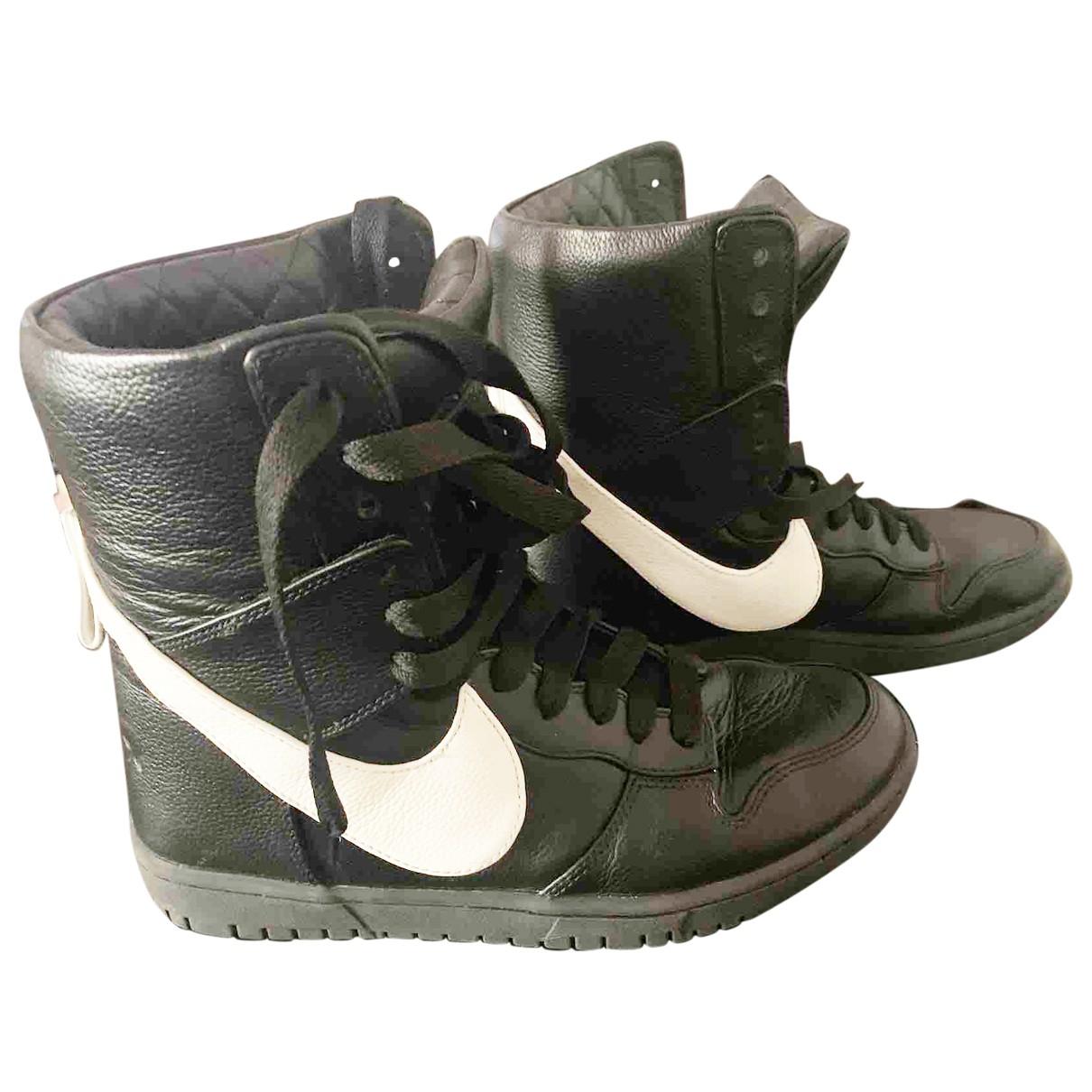 Nike By Riccardo Tisci \N Sneakers in  Schwarz Leder