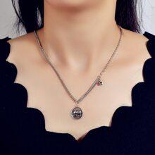 Halskette mit Metall Stern Anhaenger