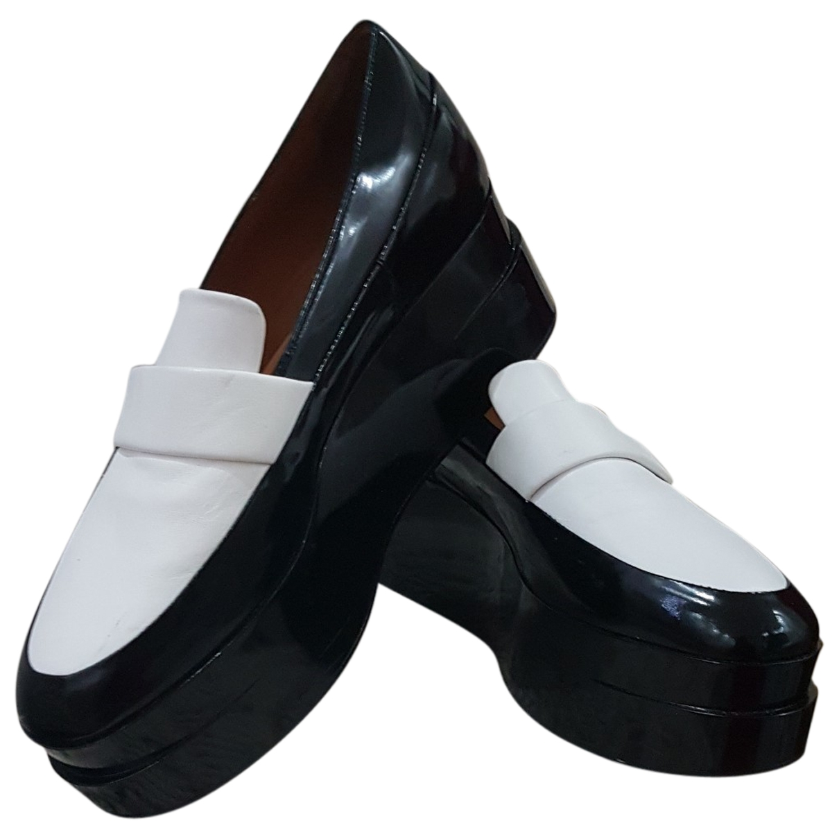 Robert Clergerie \N Black Leather Flats for Women 38 EU
