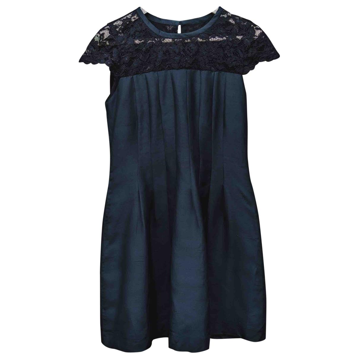 Malina \N Kleid in  Schwarz Seide