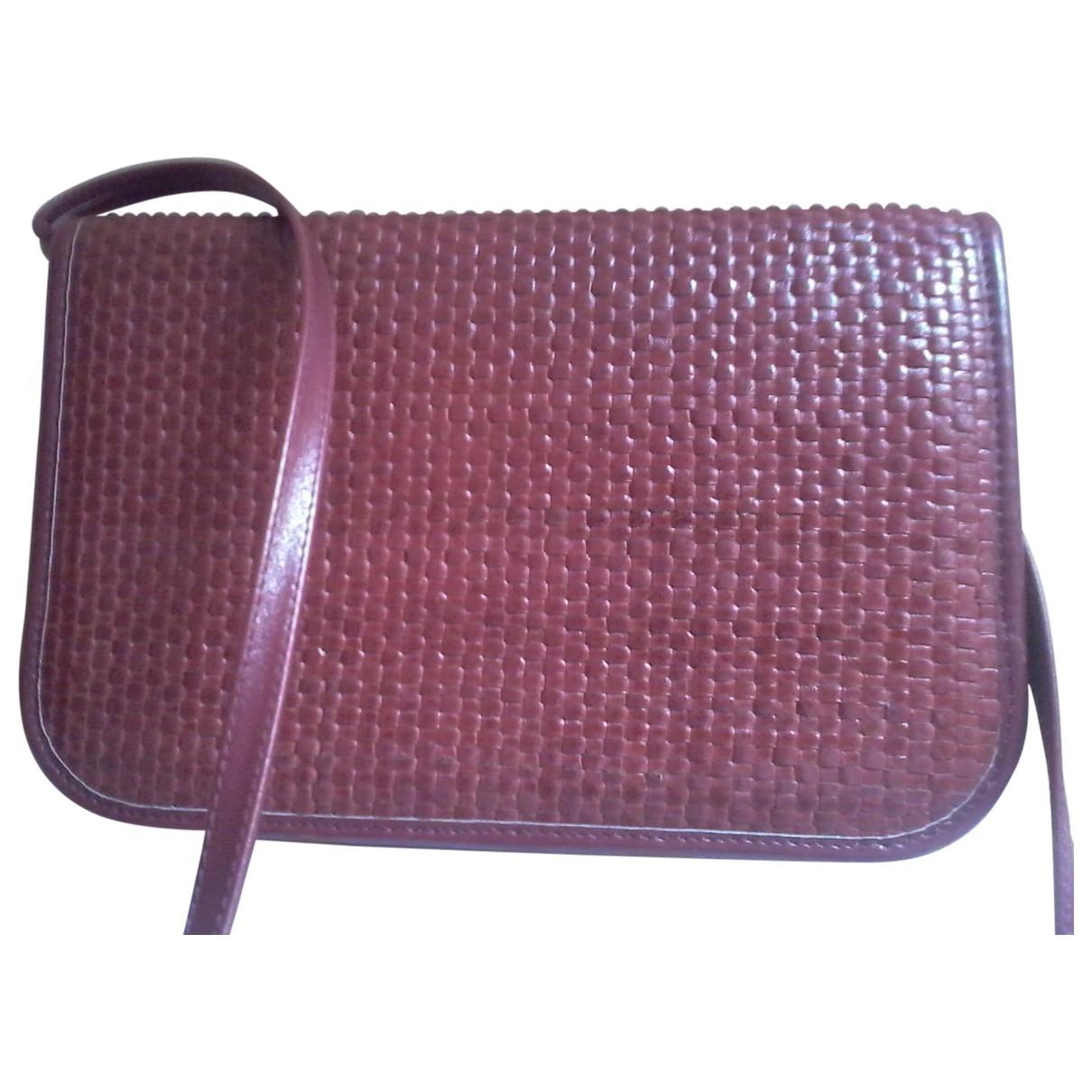 Bally \N Handtasche in  Bordeauxrot Leder
