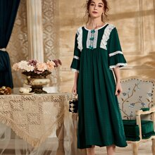 Contrast Lace Bow Scallop Night Dress