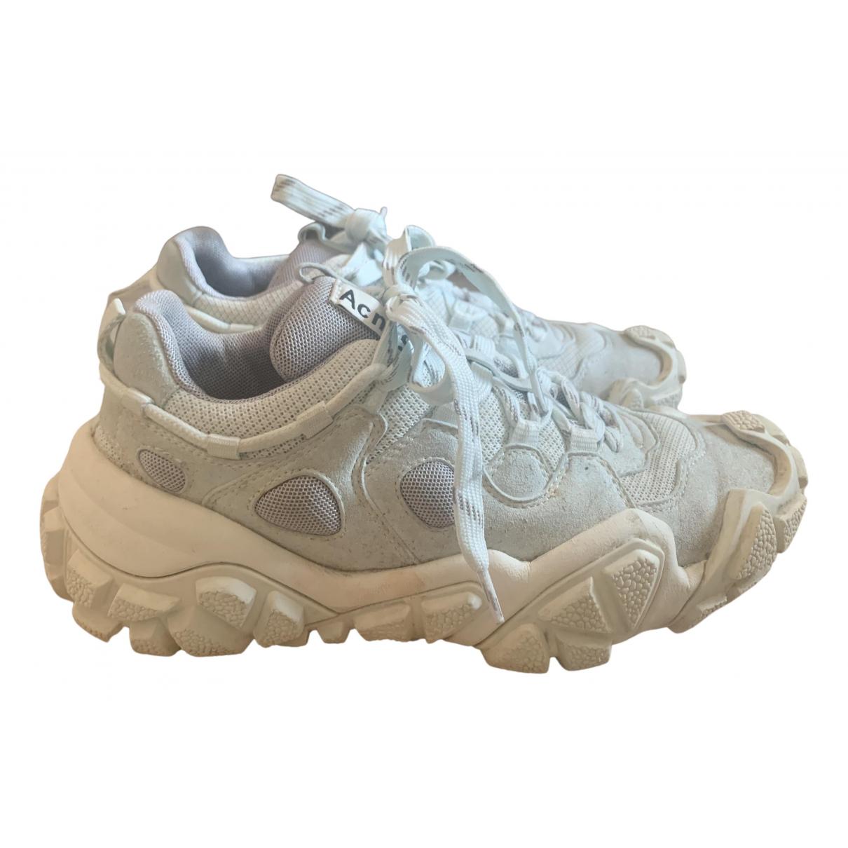 Acne Studios Bolzter Sneakers in  Weiss Leder