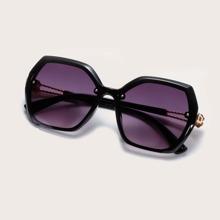 Clover Decor Polygon Frame Sunglasses