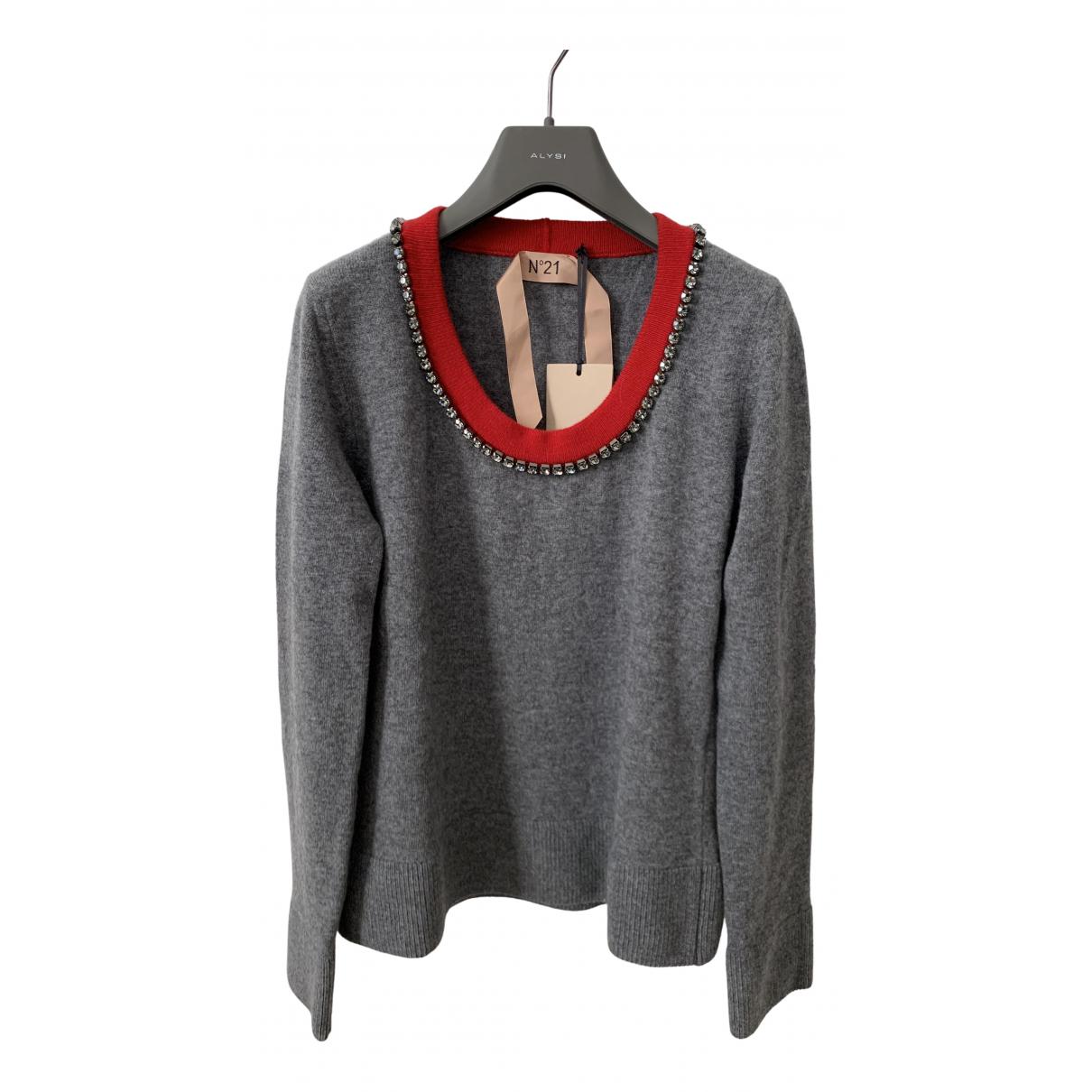 N°21 - Pull   pour femme en laine - gris