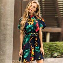 A Linie Kleid mit Pflanzen Muster und Guertel
